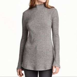 *FINALSALE* H&M Bell Sleeve Ribbed Sweater Grey